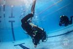 В субботу мы с Наташей закончили занятия в бассейне по курсу сухого костюма. Впереди проверка полученных навыков в открытой воде. Наташа пришла на курс Dry Suit после прохождения курса OWD и сухой костюм по началу показался не удобным и неуклюжим….
