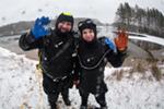 Вчера было последнее воскресенье осени. Мы его отметили погружениями на открытой воде в поселке Шапки. Погода стояла пасмурная, температура воздуха -1 градус, мокрый снег….