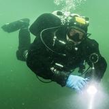 ВНИМАНИЕ АКЦИЯ! Ко Дню Военно-Морского Флота России! Курс Dry Suit Diver SDI – погружения в сухом гидрокостюме! – 11500р. Сертификат международного образца, аренда сухого костюма и открытая вода входит в стоимость.