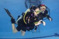 Сегодня в бассейне начали одновременно два курса Junior Open Water Scuba Diver и Open Water Scuba Diver SDI.