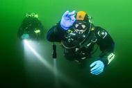 Сегодня провели занятия на открытой воде по курсу Intro to tech STDE на глубинах до 20м, познакомились глубинами Бокситогорского карьера и прочувствовали температуру забортной воды +4 гр….